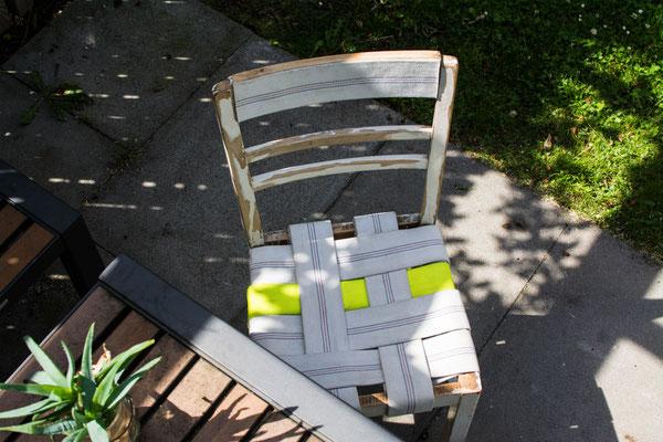 DIEVERS Unikat: Stuhl mit Feuerwehrschläuchen in neon gelb und weiß BY BY ALEXANDER LIPPERT