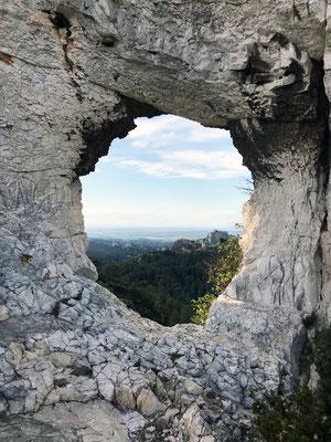 """""""Le Hameau des Merveilles"""" : retraites énergétiques au cœur du Parc Naturel Régional des Alpilles"""
