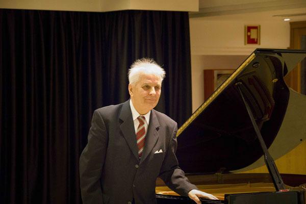 Prof.Kazimierz Gierżod