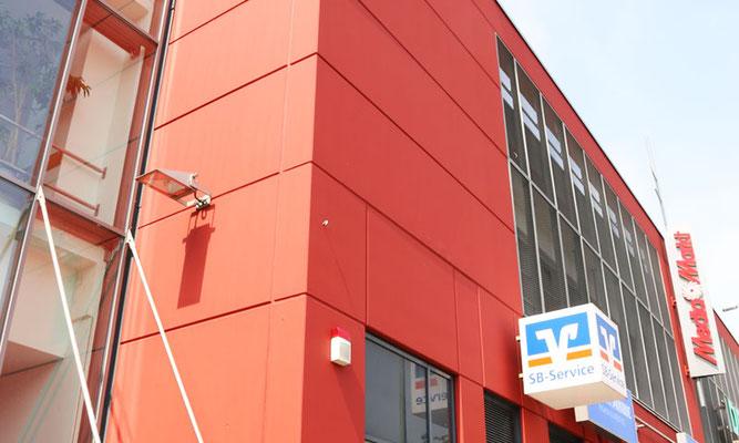 Die Fassade frisch gestrichen