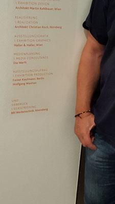 Jüdisches Museum München * Ausführung laut Vorlage. Siebdrucktechnik.