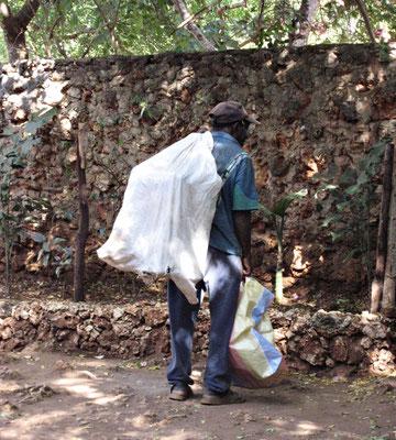 Jeder kann noch etwas vom Müll gebrauchen