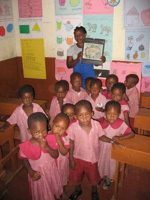 Unsere Schulkinder der  *Moyo Wangu Junior Academy* Klasse 3