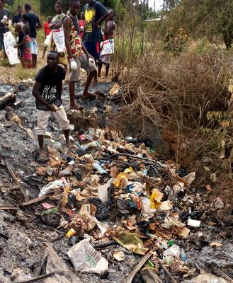 Müll in Msumarini