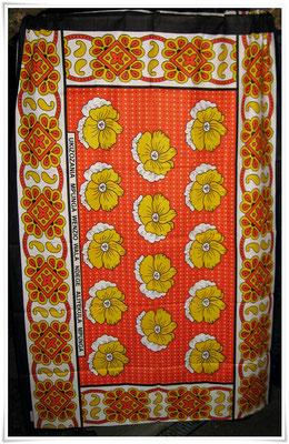 Kangas in verschiedenen Designs mit verschiedenen Spruchtexten