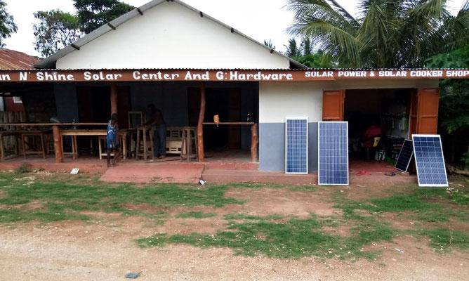 Unser Solarcenter in Msumarini