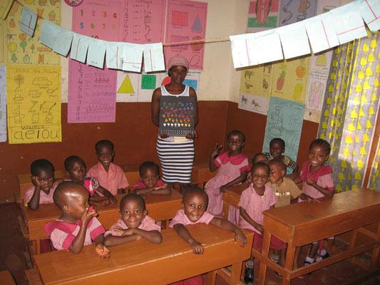 Unsere Schulkinder der  *Moyo Wangu Junior Academy* Klasse 2