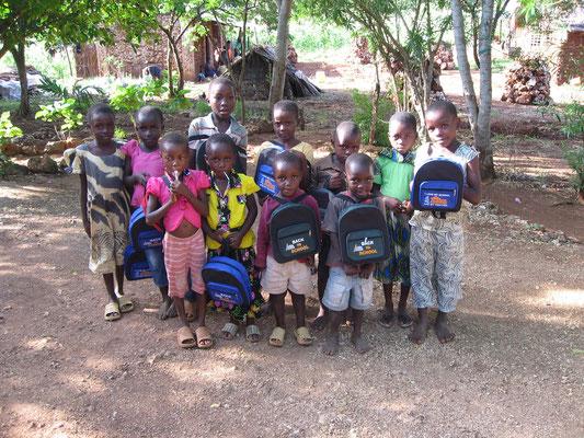 Unsere Schulkinder in Msumarini/Kenya