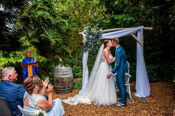 Huwelijksfotografie Robachers Watermolen in Hauwert