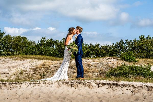 trouwfoto in duinen