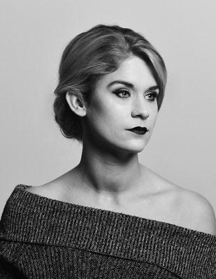 Black & White - Model: Laura Rutjens - Photographer: Johan Bouwmans Fotografie