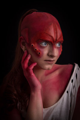 Red Alien - Model: Anna Psy - Photographer: Richard Hollemans