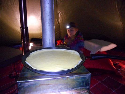 soirée crêpes sous la tente tchoum trottnature
