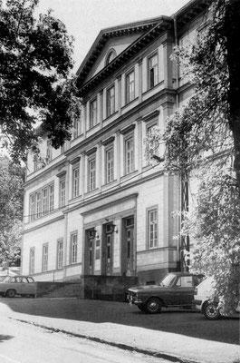 Gotha - POS Albert Schweizer 1985 - Quelle: Broschüre Gotha Das Tor zum Thüringer Wald (Magistrat der Stadt Gotha)
