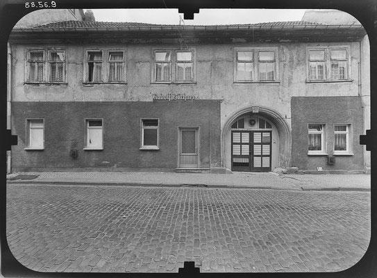 Schwabhäuser Strasse Gotha DDR 80'er Jahre / Quelle: http://www.deutschefotothek.de