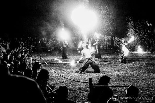 Feuershow @ Mittelalterliches Phantasie Spectaculum (MPS) in Dresden 2014
