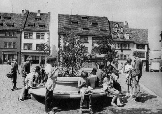 Gotha unterer Hauptmarkt 80er Jahre - Quelle: Broschüre Gotha Das Tor zum Thüringer Wald