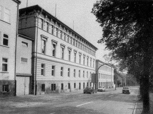 Gotha - Justus Perthes Strasse 1985 - Quelle: Broschüre Gotha Das Tor zum Thüringer Wald (Magistrat der Stadt Gotha)
