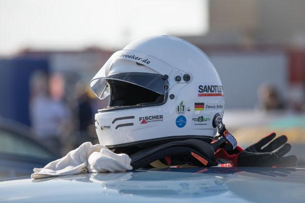 Chevrolet Cruze Eurocup 2020 nach FIA Norm 8856-2000 Ausrüstung für die Sicherheit