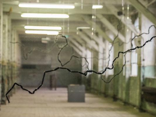 Beate Gärtner|2018|219 km|Plexiglas,Filzwolle|7-teilig|Größe variabel|Foto@Renate Debus-Gohl