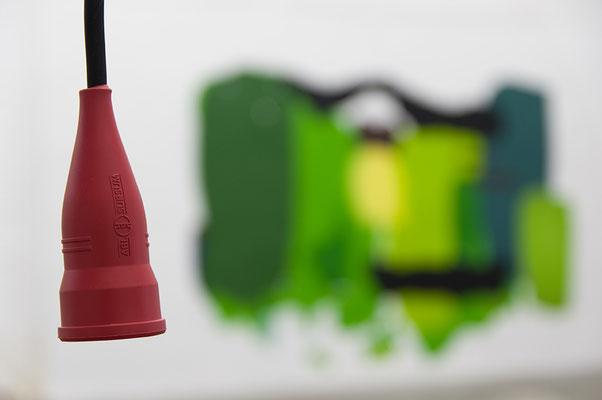Beate Gärtner | Kabelzeichnung | 2016 | Kabel_rote Schuko-Kupplungen_Kabelbinder  |  680x800x230 cm | Foto@Matthias Weber