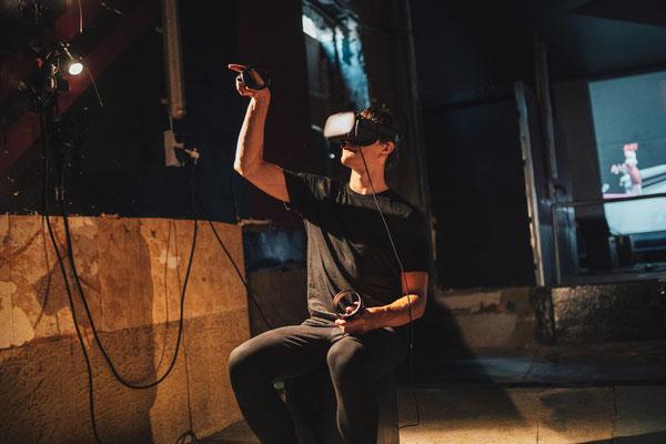 detached_2020_Social VR Performance_Lena Biresch, Lucas Dewulf, Beate Gärtner, Jan Schulten, Kathi Schulz, Ilja Mirsky_Places Festival_Foto: Medienmalocher Ravi Sejk