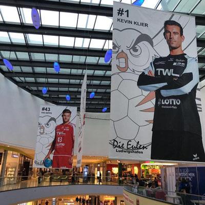 Bannerfahne Deckenhänger selber gestalten von Feld Textil GmbH in Krefeld