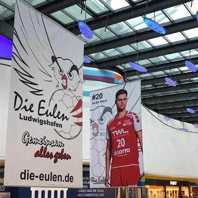 Bannerfahne Deckenhänger beidseitig bedruckt von Feld Textil GmbH in Krefeld