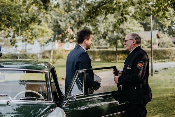 Hochzeit Bremen Standesamt Brautauto Polizeiwagen Corona Gummersbach Köln Wiehl NRW weltweit