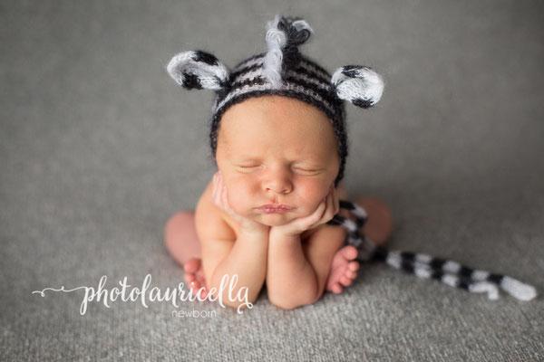 Zebramütze, besondere Pose, Besondere Babyfotos
