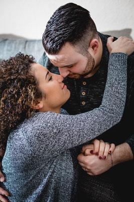 Liebe Homestory lifestyle Paarshooting Engagement Verlobung GUmmersbach Remscheid NRW