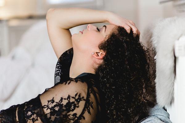 Boudoir Fotoshooting Onlocation Intimate Stylistin sinnlich Dessous
