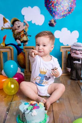 Kuchenshooting Cakesmash Erster Geburtstag Disney Thema Disneys Oben Gummersbach Wiehl Köln Mönchengladbach