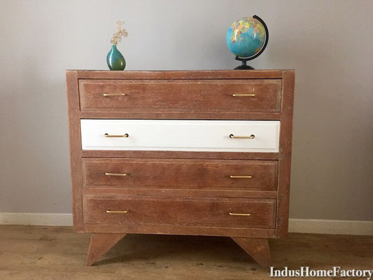 commode brute industrielle scandinave