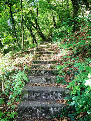 Treppen hinauf zum Kranturm