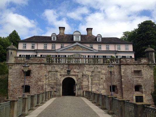 Bad Pyrmont: Brücke zum Schloss und Festung