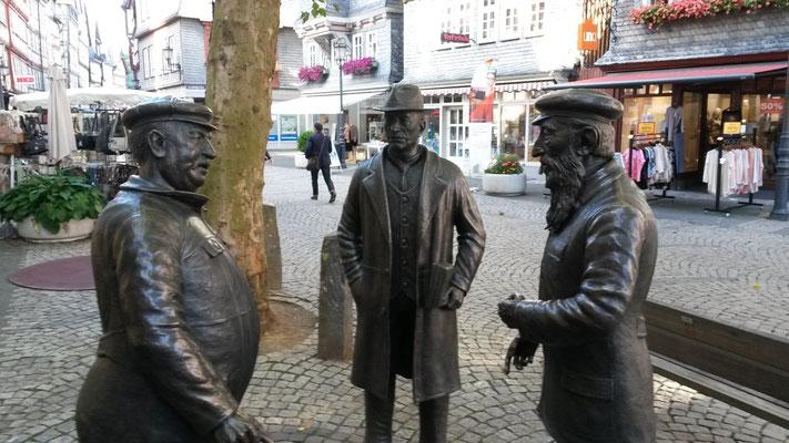 Drei Bürger