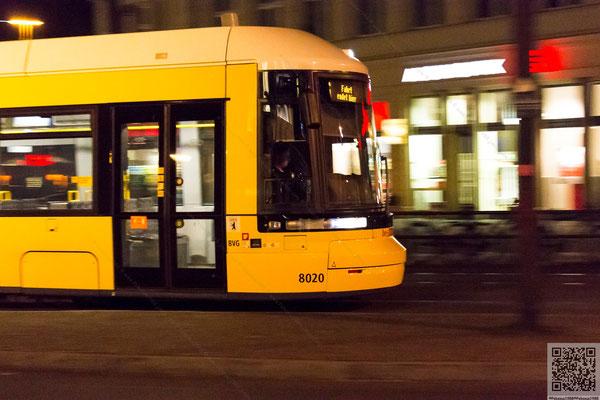2014-04-19 Berlin - Speed II (Straßenbahn - Bombadier Flexity Berlin 8020) 2014 021