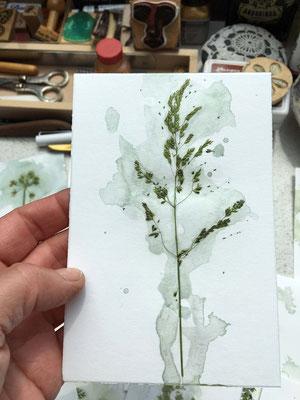 handgemachte grusskarten getrocknete Pflanzen Aquarellfarbe