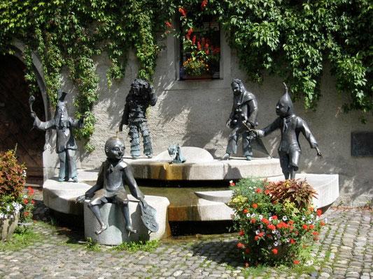 Ferienwohnungen Lindau Insel Unterer Schrannenplatz Narrenbrunnen