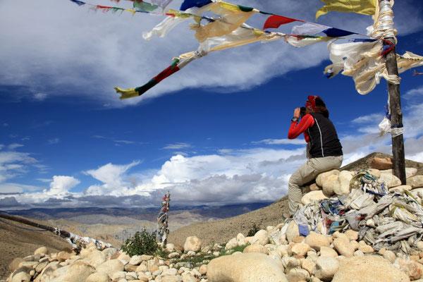 Produktfotografie-Juergen-Sedlmayr-Fotoshooting-Luftbilder-ZEISS-Nepal-Berg-Mustang