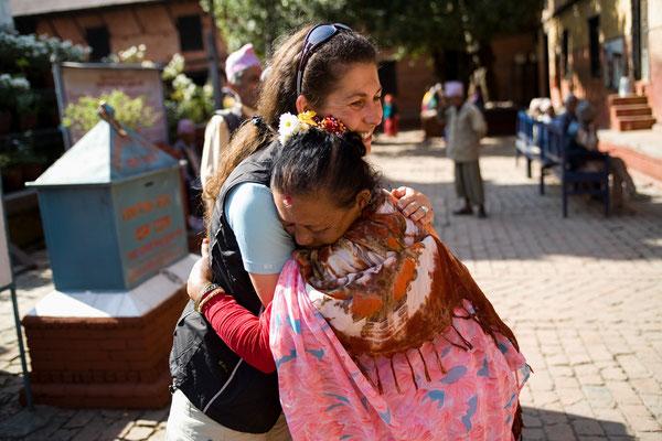 Spendenübergabe-Juergen-Sedlmayr-Nepal24