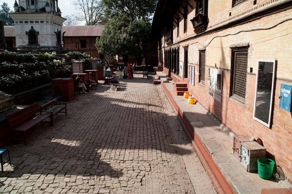 Spendenübergabe-Juergen-Sedlmayr-Nepal07