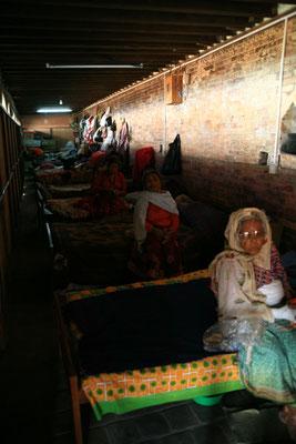 Spendenübergabe-Juergen-Sedlmayr-soziales-Engagement-Nepal15