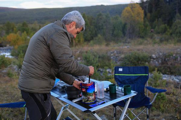 Simpert_Reiter_Trekking_Nahrung_Jürgen Sedlmayr_Norwegen_09