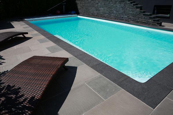 DER-FOTORAUM-Immobilienfotograf-Juergen-Sedlmayr-Pool-hinten