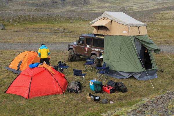 Campingzubehör_Camping_Schuh_BEL_SOL_Stühle49