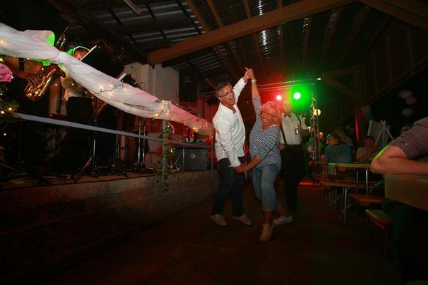 Eventfotografie-Juergen-Sedlmayr-Partytanz-Eventfotograf-gesucht?