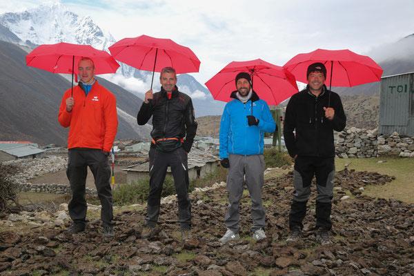 Trekkingschirme_EUROSCHIRM_Nepal43