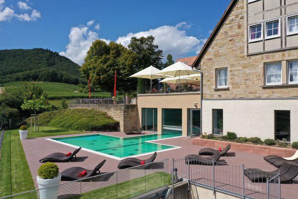 Immobilienfotograf-Juergen-Sedlmayr-Leinsweiler-Hof Pool1